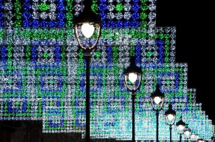 street lamps with lights